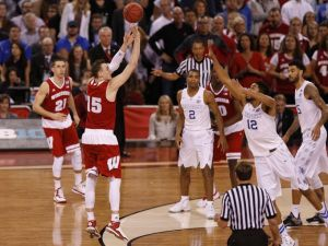 635637862994076650-USP-NCAA-BASKETBALL-FINAL-FOUR-WISCONSIN-VS-KENTU-72110644