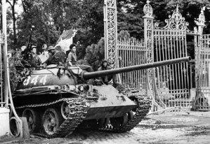 April-30-1975-tank_1626541i