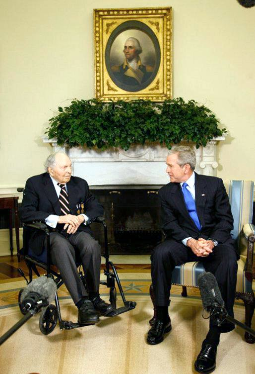 buckles_and_bush