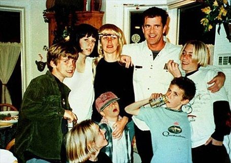 robyn-moore-mel-gibson-family-photo